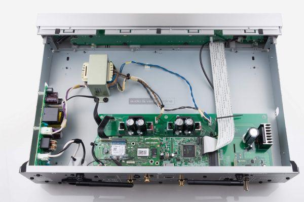Onkyo NS-6170 hálózati audio lejátszó belső