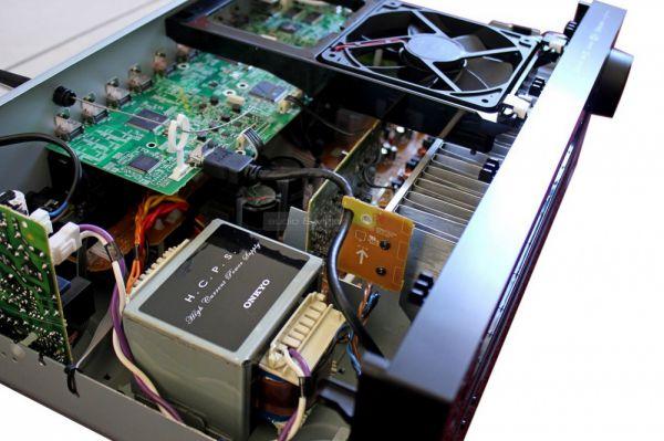 Onkyo TX-NR646 házimozi erősítő belső
