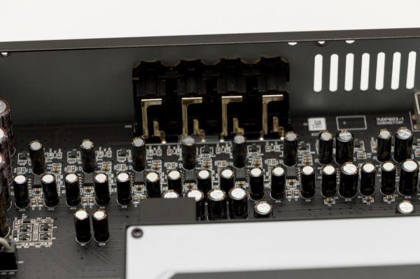 OPPO UDP-203 Blu-ray lejátszó belső