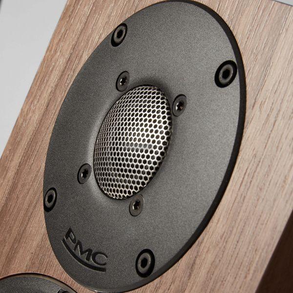 PMC twenty5i hangfal magassugárzó
