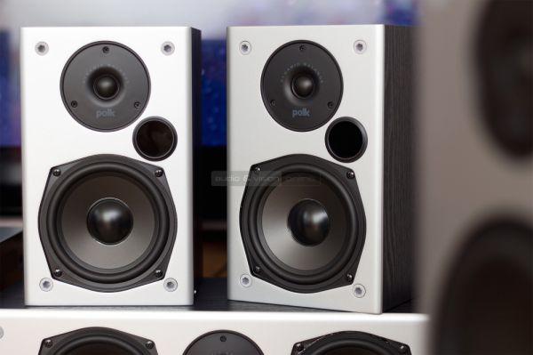 Polk Audio M10 háttérsugárzó