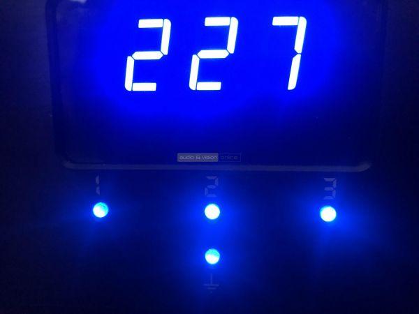 POWERGRIP YG-2 tápszűrő kijelző