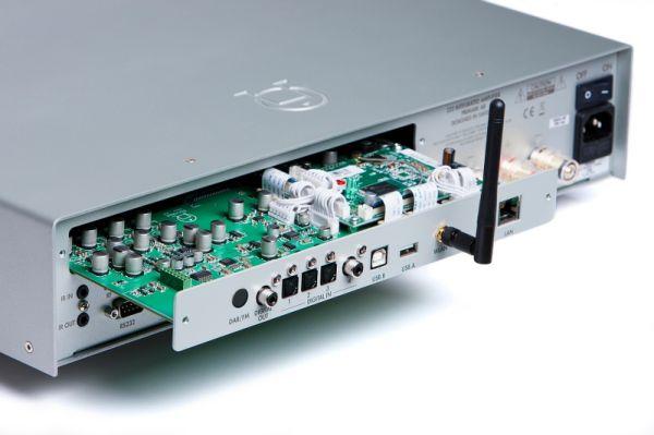 Primare I32 integrált sztereó erősítő MM30 média modullal
