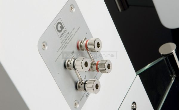 Q Acoustics Concept 40 hifi hangfal terminál