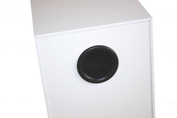quadral Signum 70 hangfal basszreflex port