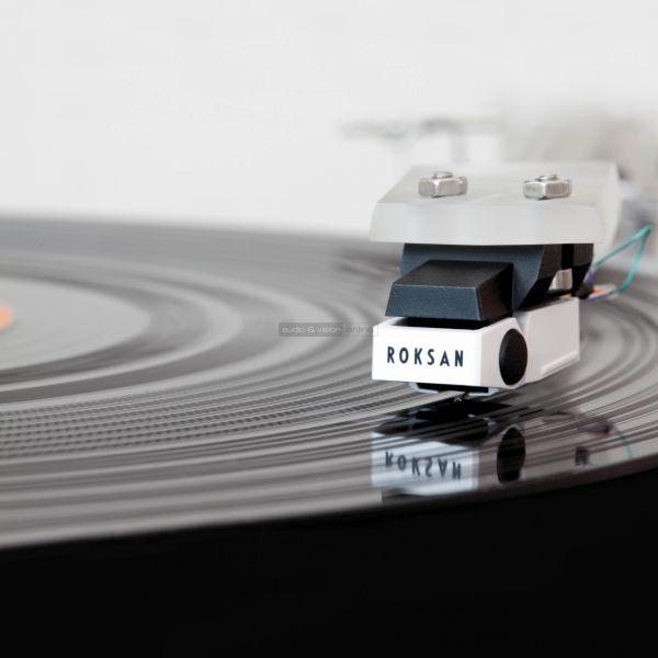 Roksan Radius 7 vinyl lemezjátszó Corus2 hangszedő