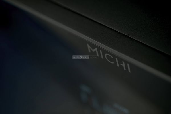 Rotel Michi P5 high end előfok
