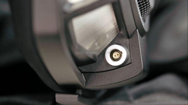 Sennheiser HD 800 S high end fejhallgató kábel csatlakozás