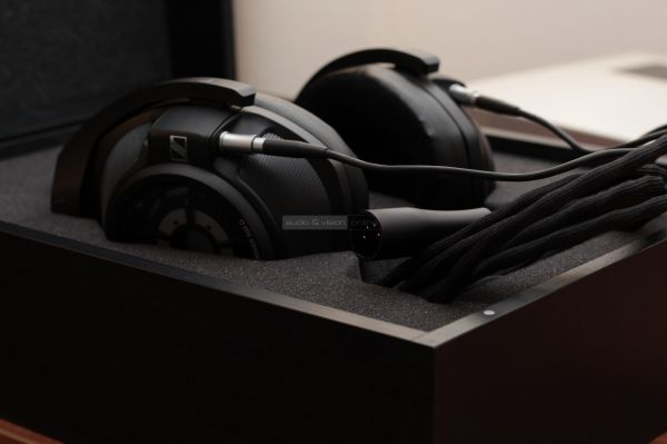 Sennheiser HD 820 high end fejhallgató