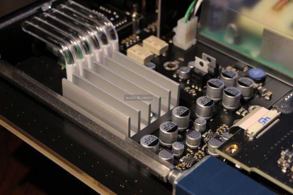 Sennheiser HDV 820 fejhallgató erősítő belső