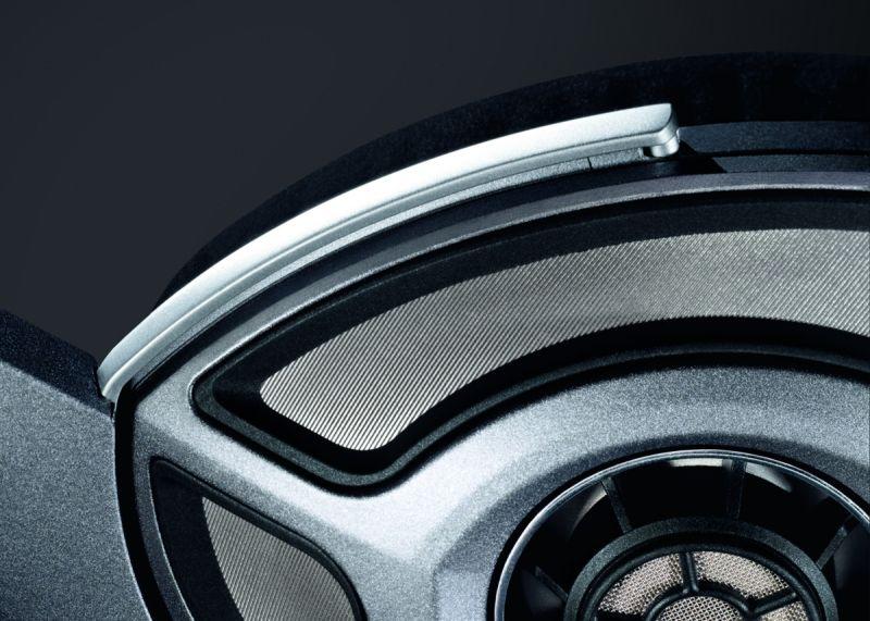 Sennheiser HD 700 audiofil fejhallgató közelről
