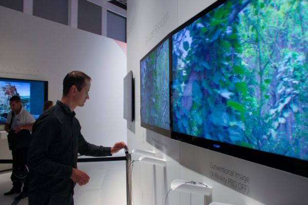 Sony 3D Super Resolution demo IFA 2012