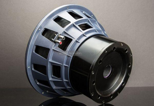 SVS 16 Ultra mélysugárzó