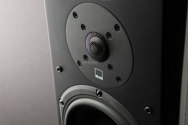 SVS Prime Pinnacle hangfal magassugárzó