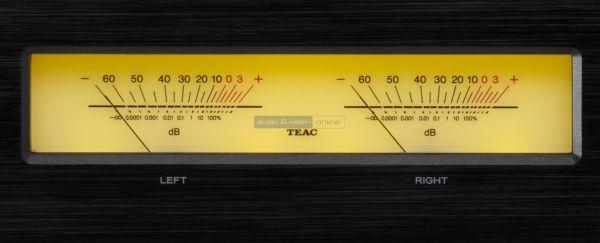 TEAC AP-505 sztereó végfok kijelző