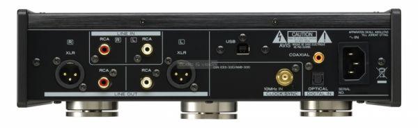 TEAC UD-503 USB DAC hátlap