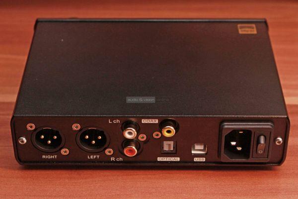 Topping D30 Pro DAC hátlap
