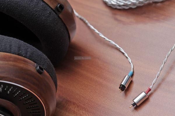 Ultrasone Edition eleven fejhallgató kábel