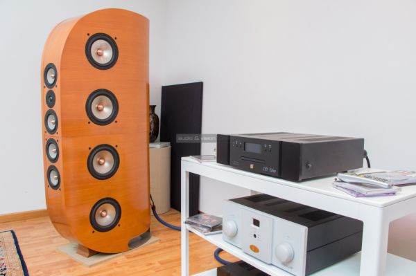 Unison Research és Opera Loudspeakers