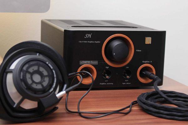 Unison Research SH fejhallgató erősítő és Sennheiser HD 800 S