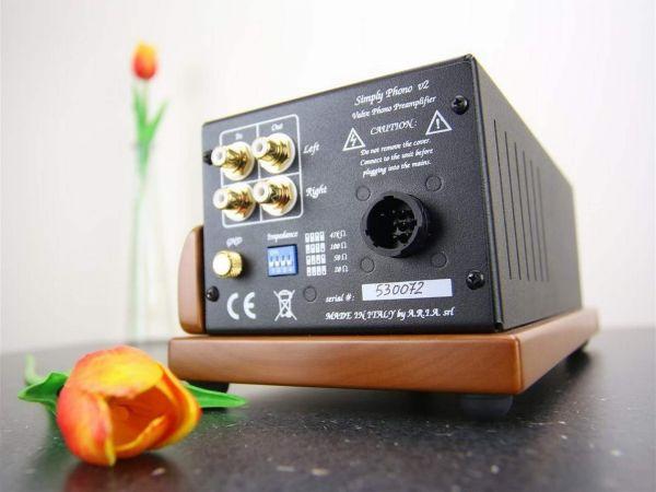 Unison Research Simply Phono phono előerősítő hátlap