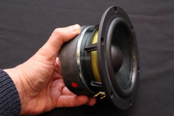 Usher Audio SD-500 hangfal középsugárzó
