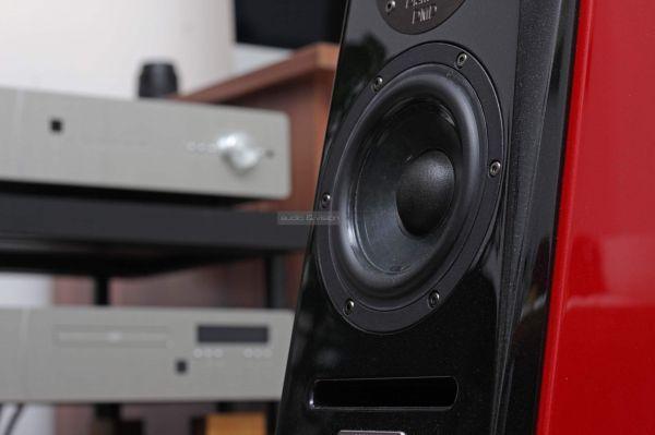Usher Audio SD-500 hangfal