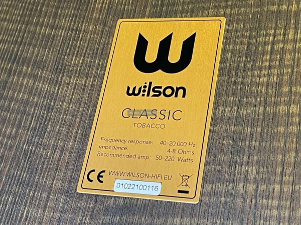 Wilson Classic hangfal hátlap