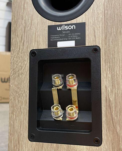 Wilson Seven hangfal csatlakozó
