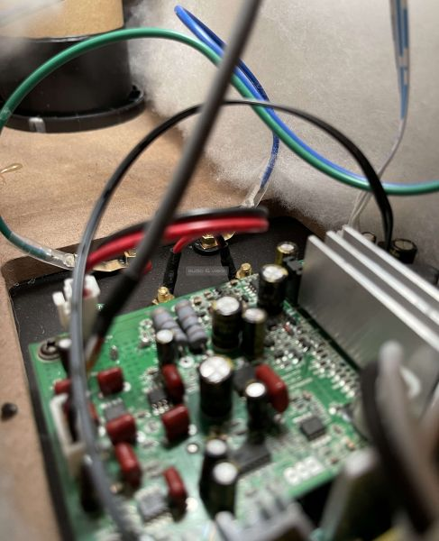 Wilson Six Power hangfal elektronika