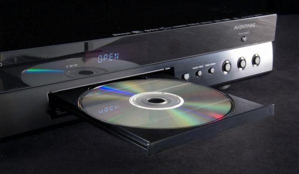 Yamaha Aventage BD-A1040 Blu-ray lejátszó