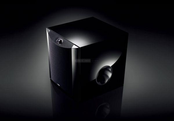 Yamaha NS-SW300 aktív mélyláda