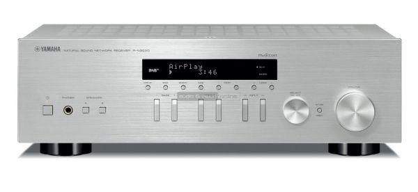 Yamaha RN-303D MusicCast sztereó erősítő