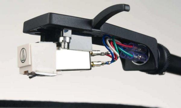 Yamaha TT-N503 lemezjátszó hangkar