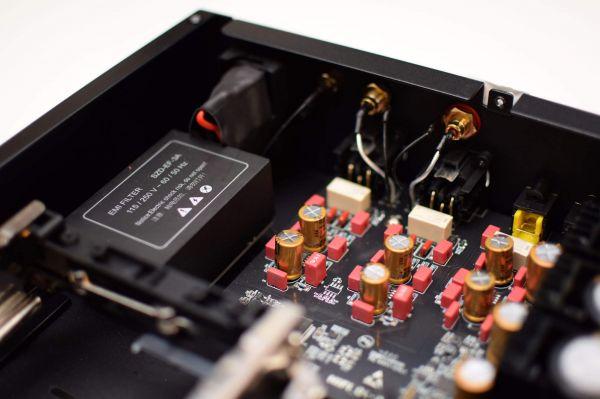 Zidoo UHD3000 hálózati médialejátszó